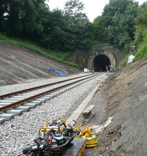 railway embankment retention
