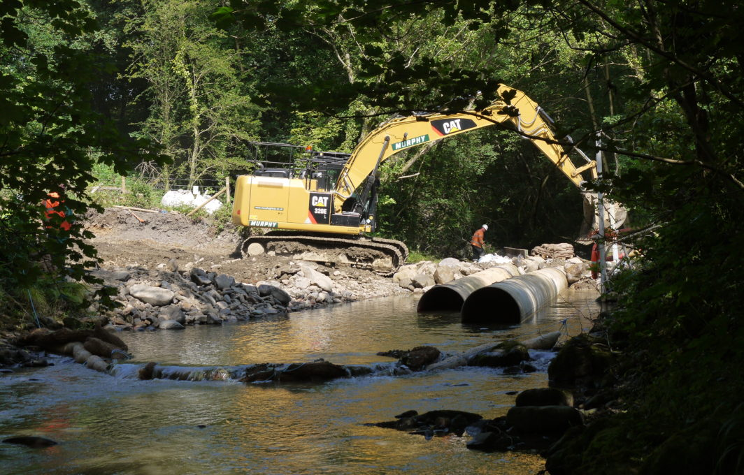 Silt Wattles reduce silts arising from river crossing construction
