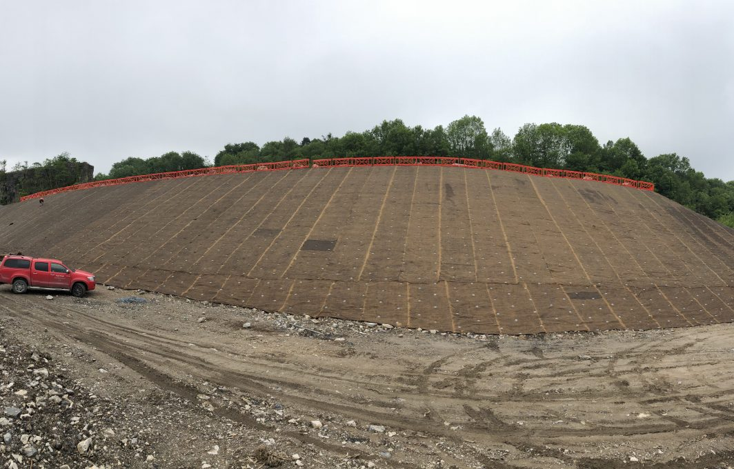 Vmax C350 slope with Gripple anchors